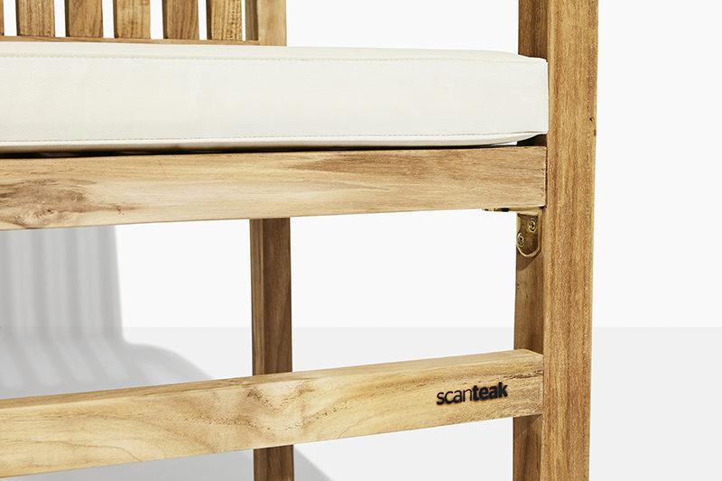 stabel havestol i teak træ. flot teakstol der kan stables og købes online på scanteaks havemøbler mandalay
