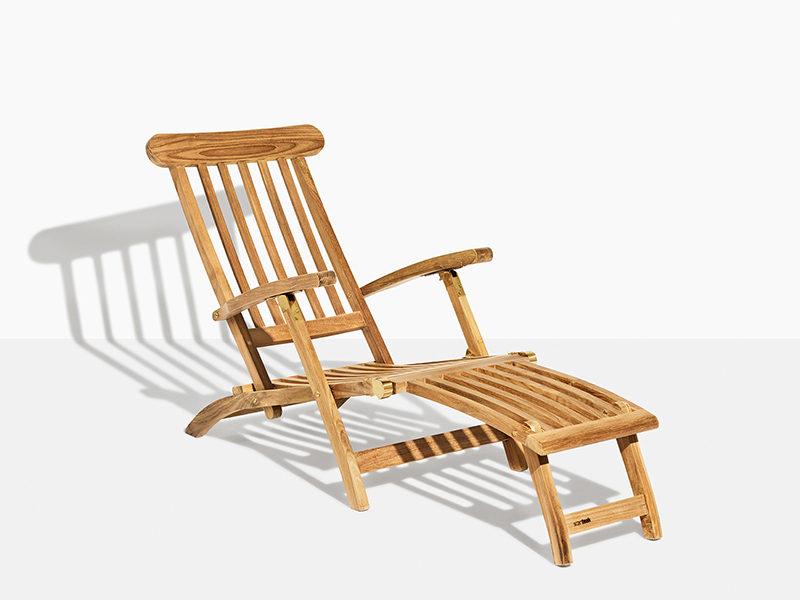 carla dækstol i teak. Klassisk liggestol med flere funktioner og positioner til dine havemøbler og terrasse