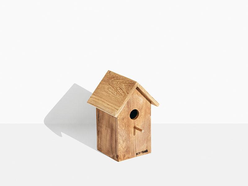 teak fuglehus på tilbud fra scanteak. Enkelt og klassisk fugle hus